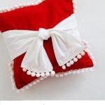 χριστουγεννιατικο μαξιλαρακι,εντυπωσιακο, χαρουμενο για τις γιορτες