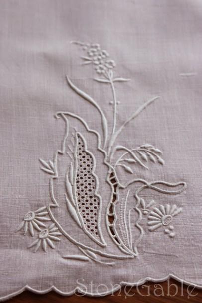 μαξιλαρι απο κεντημενη πετσετα, μαξιλαρακια με κεντημα