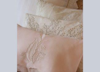 μαξιλαρι απο κεντημενη πετσετα, ραβουμε μαξιλαρακια